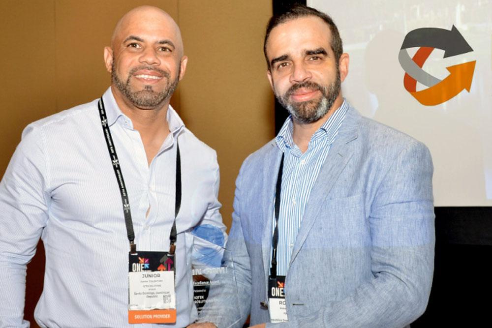 Ingram Micro awards IQtek as a banner of good practice